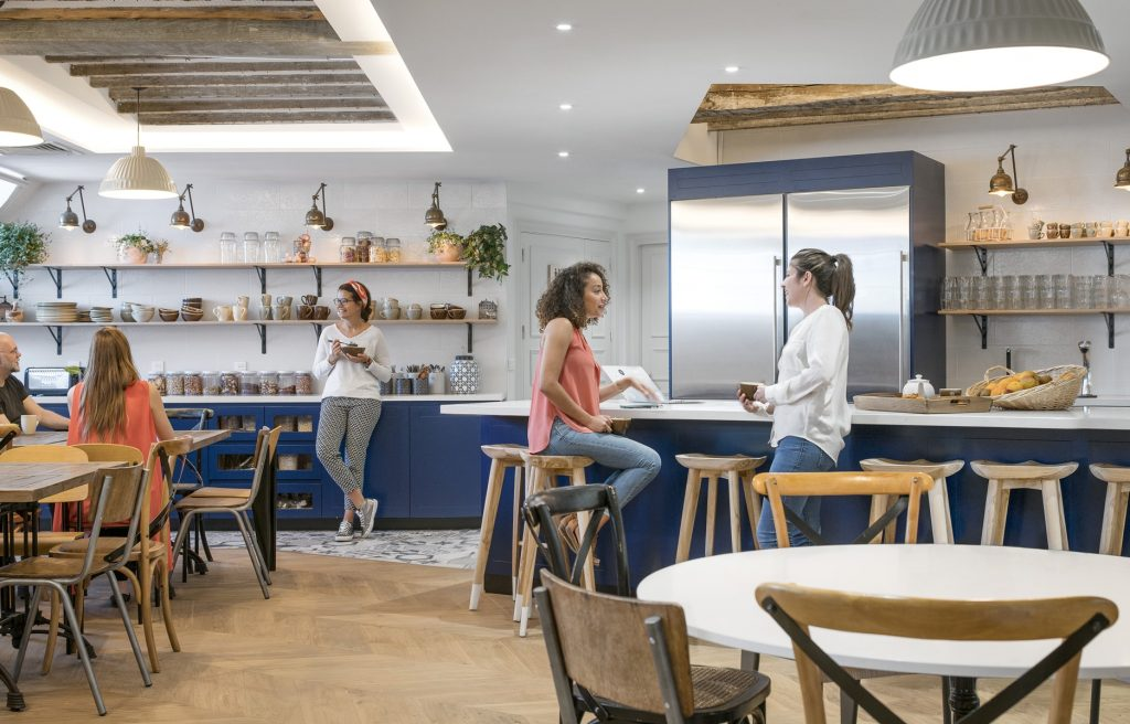 Bureaux de startups l exemple d airbnb change the work