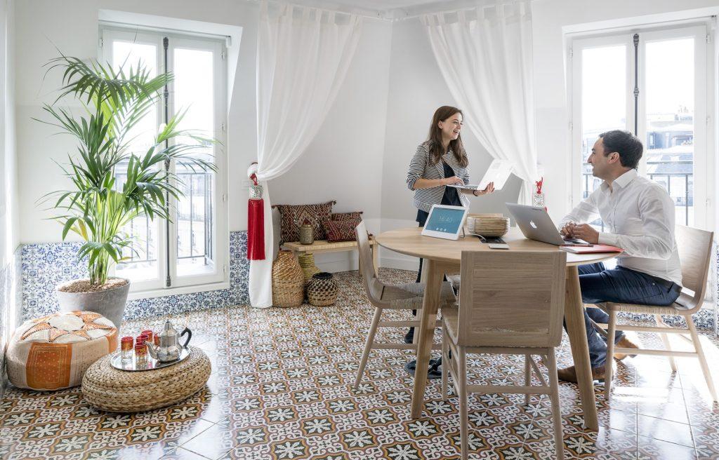 bureaux airbnb paris salle marocaine