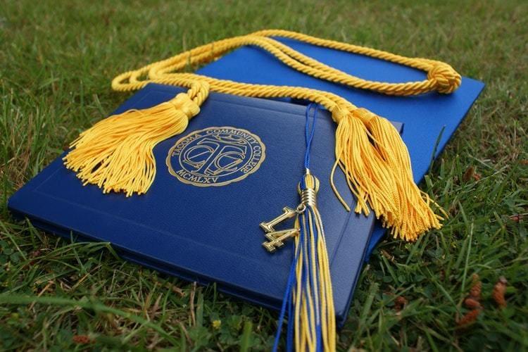 Diplômes vs. soft skills : diplômes