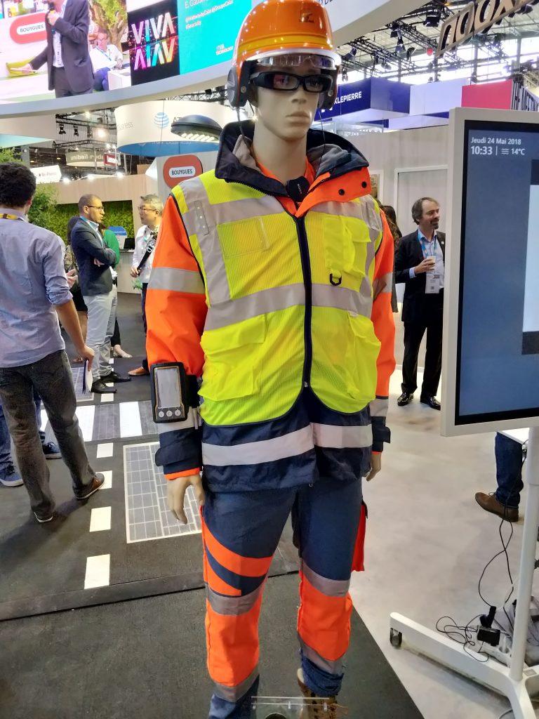 le compagnon collecté pour la sécurité au travail